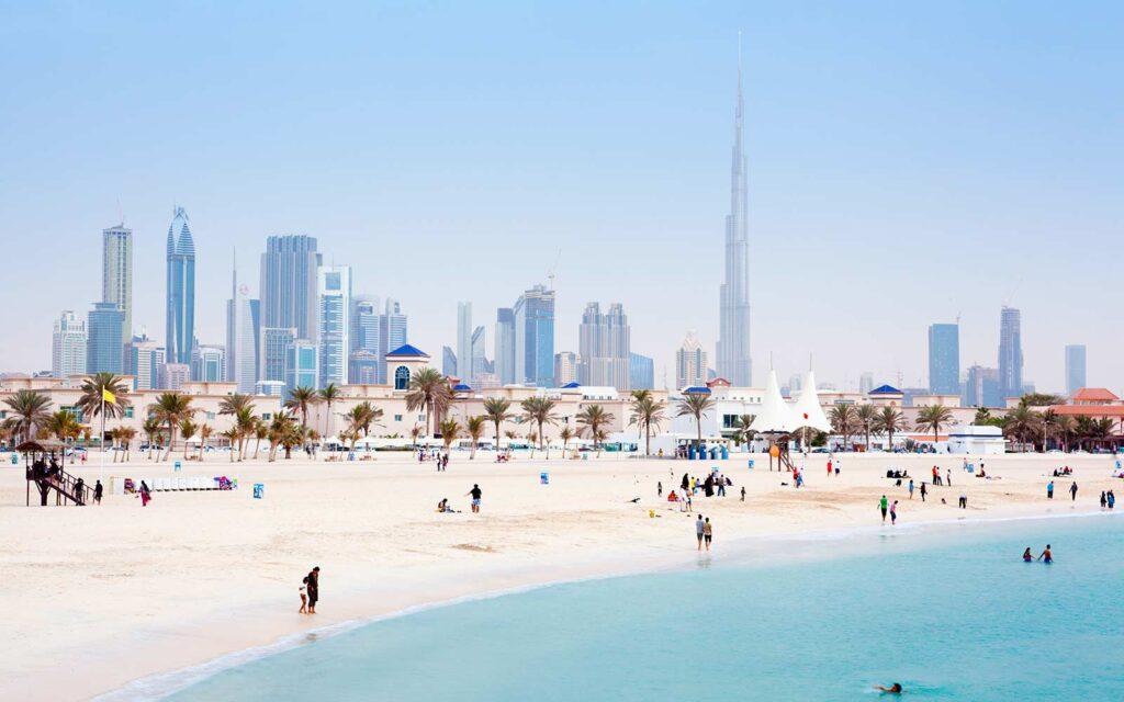dubai-skyline-and-jumeirah-open-beach